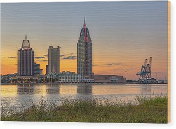 Port City Sunset 2 Wood Print