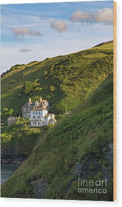 Wood Print featuring the photograph Port Isaac Homes by Brian Jannsen