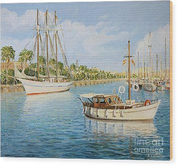 Port Vell In Barcelona Wood Print by Kiril Stanchev