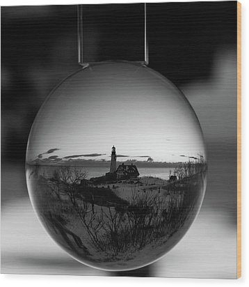 Portland Headlight Globe Wood Print