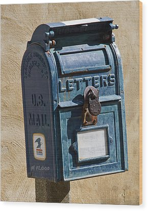 Postbox 61419 Wood Print by Michael Flood