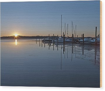 Potomac River Sunrise At Belle Haven Marina Virginia Wood Print by Brendan Reals