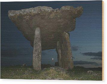 Poulnabrone Dolmen Wood Print by John Quinn