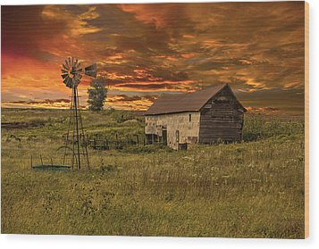 Prairie Barn Wood Print
