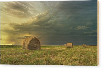 Prairie Storms Wood Print by Stuart Deacon