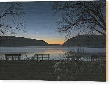 Dawn At Plum Point Wood Print