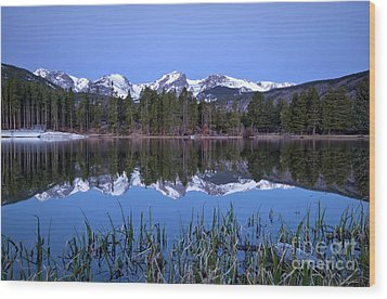 Pre Dawn Image Of The Continental Divide And A Sprague Lake Refl Wood Print by Ronda Kimbrow