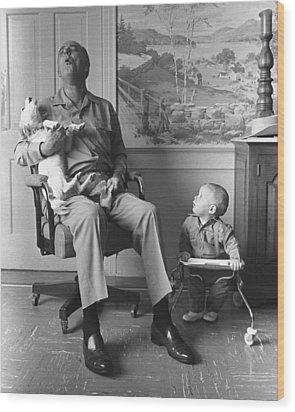 President Lyndon Johnson Sings With Dog Wood Print by Everett