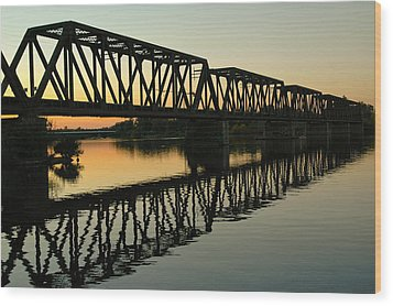 Prince Of Wales Bridge At Sunset. Wood Print