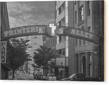 Wood Print featuring the photograph Printers Alley by Robert Hebert