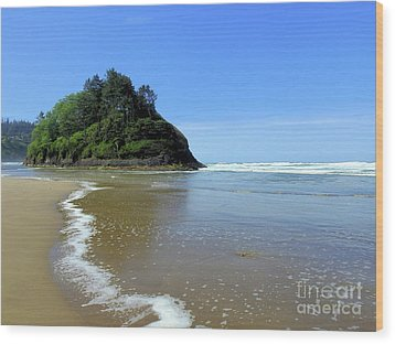Proposal Rock Coastline Wood Print