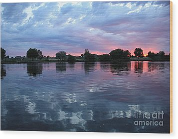 Prosser Pink Sunset 5 Wood Print by Carol Groenen