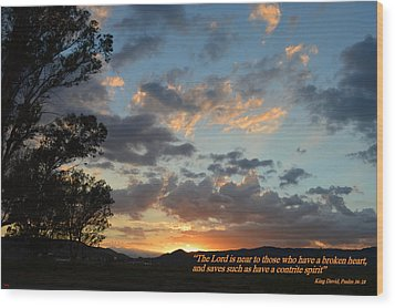 Wood Print featuring the photograph Psalm 34 Eighteen by Glenn McCarthy