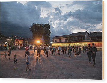 Wood Print featuring the photograph Public Dancing by Wade Aiken