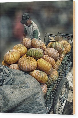 Wood Print featuring the photograph Pumpkins In The Cart  by Charuhas Images