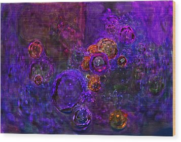 Purple Bubbles Painting Wood Print by Don  Wright