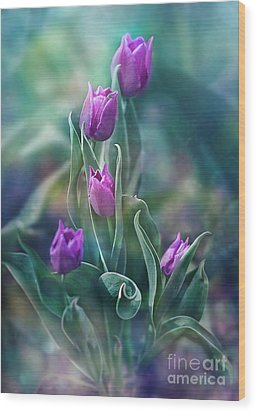Purple Dignity Wood Print