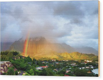 Puu Alii With Rainbow Wood Print by Dan McManus