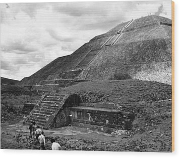 Pyramid Of The Sun, In The Pre-aztec Wood Print by Everett