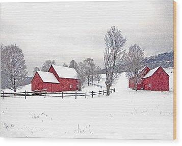 Quechee Barns In Winter Wood Print