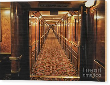 Wood Print featuring the photograph Queen Mary Hallway by Mariola Bitner