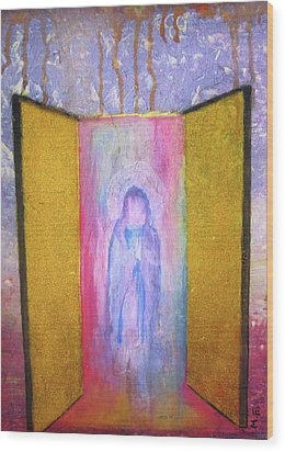 Queen Of Heaven Wood Print