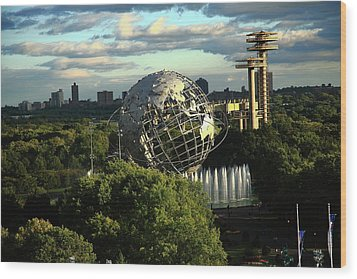Queens New York City - Unisphere Wood Print by Frank Romeo