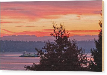 Radiance At Sunrise Wood Print
