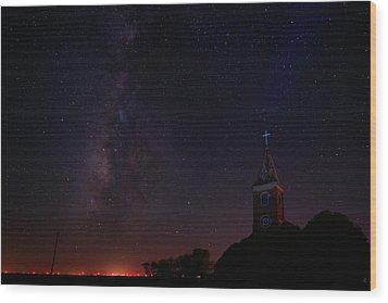 Wood Print featuring the photograph Radiant Light by Jonathan Davison