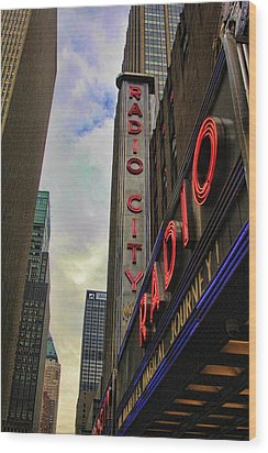 Radio City Ny Wood Print by Chuck Kuhn