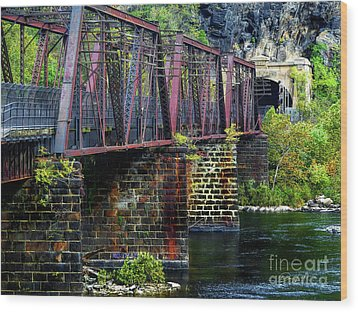 Rail Road Bridge Over The Potomac River At Harpers Ferry, Wv Wood Print by Elijah Knight