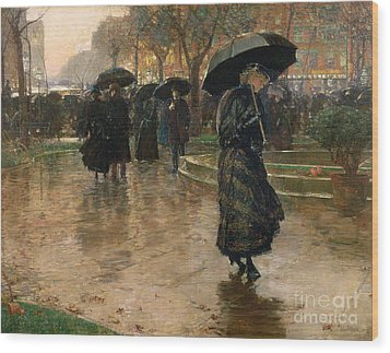 Rain Storm Union Square Wood Print by Childe Hassam