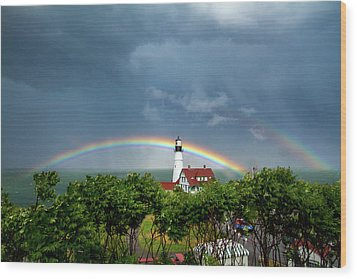 Rainbow X 2 At Portland Headlight Wood Print