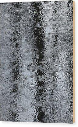 Raindrops On A Pond Wood Print