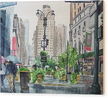 Wood Print featuring the painting Rainy Day In New York by Tom Riggs