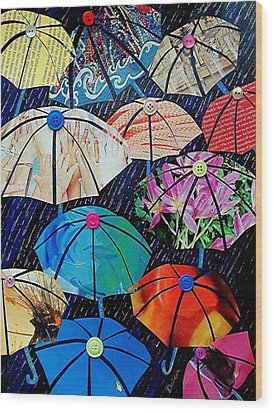 Rainy Day Personalities Wood Print by Susan DeLain