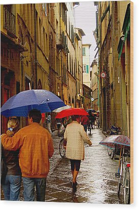 Wood Print featuring the photograph Rainy Day Shopping In Italy by Nancy Bradley