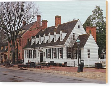 Raleigh Tavern 2 Wood Print by Lou Ford