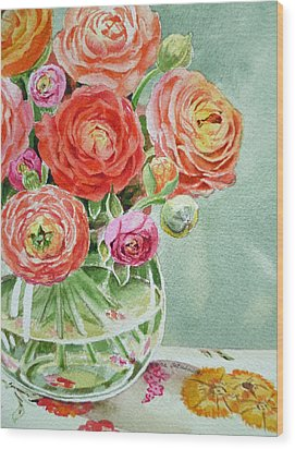 Ranunculus In The Glass Vase Wood Print by Irina Sztukowski