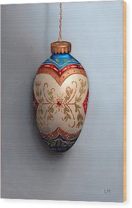 Red And Blue Filigree Egg Ornament Wood Print