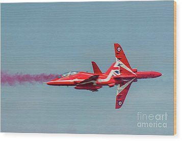 Wood Print featuring the photograph Red Arrows Crossover by Gary Eason