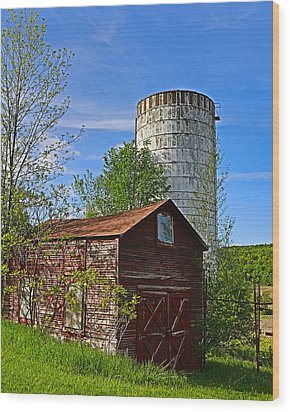 Wood Print featuring the photograph Red Barn And Silo by Paula Porterfield-Izzo