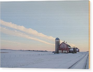 Wood Print featuring the photograph Red Barn by Dan Traun