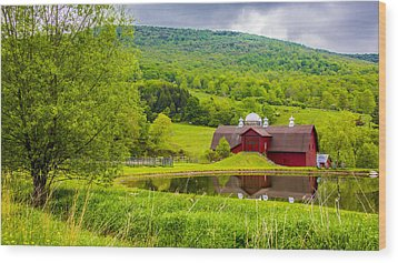 Wood Print featuring the photograph Red Barn In Green Mountains by Paula Porterfield-Izzo