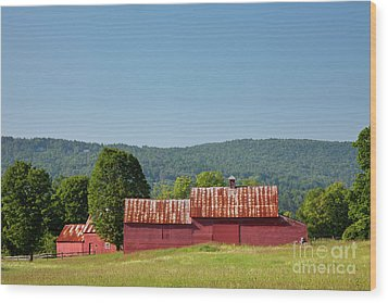 Wood Print featuring the photograph Red Barn Near Quechee by Susan Cole Kelly