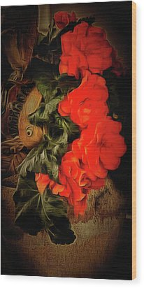 Wood Print featuring the photograph Red Begonias by Thom Zehrfeld