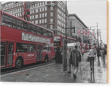 Red Buses And Rain Wood Print