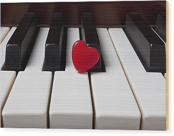 Red Candy Heart  Wood Print by Garry Gay
