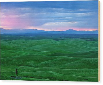 Red Dawn Over The Palouse Wood Print by Mike  Dawson