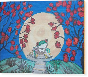 Red Eyed Frog Singing To The Moon Wood Print by Connie Valasco